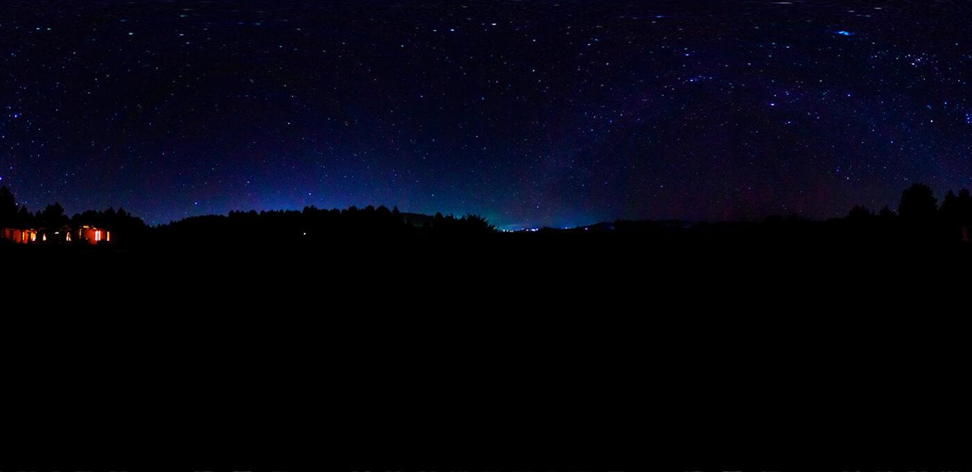 Unicornio azul de noche